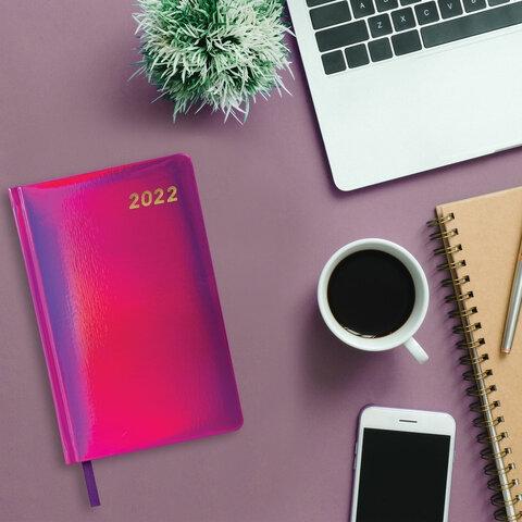 """Ежедневник датированный 2022 А5 138x213 мм BRAUBERG """"Holiday"""", """"зеркальный кожзам"""", фиолетовый, 112749 - 7"""